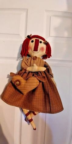 PRIMITIVE ~~~ RAGGEDY HOPE AND HER HEART