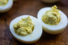 These low carb fried deviled eggs are a crunchy twist on the classic deviled egg and they're so easy! The Parmesan coating adds a great crunch to deviled eggs. Boiled Egg Diet, Boiled Eggs, Egg Recipes, Healthy Recipes, Healthy Food, Diabetic Side Dishes, Fried Deviled Eggs, Deli Sandwiches, Vegetarian Cheese