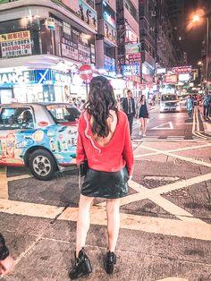 must go places in hong kong  hong kong lights  hong kong by night