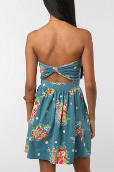Urban Outfitters so cute!