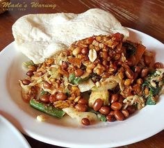 Favourites  by @tjunsulestio  Call (0361) 732 130 to make a booking today or visit www.madeswarung.com  #madeswarung  __________________________________________  #foodies #lunch #food #wheninbali #nasicampur #buzzfeast #baliisland #kulinerbali #balibagus #bali #history #foodies #lunch #food #wheninbali #nasicampur #spices #pizza