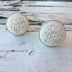 Drawer Knob, Farmhouse White Washed Knobs, French Country Look Cabinet Pulls, Item #491792650 by MiCraftSupplies on Etsy