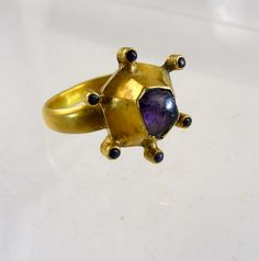 Gold ring with amethyst crystals. Middle Europe 13th 14th century (or ca 1450).