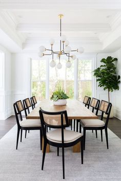 Bright and airy California casual living room and formal dining room by LA interior designer Lindsey Brooke Design dining room design Living + Dining Room: Brentwood Project — Lindsey Brooke Design Casual Dining Rooms, Formal Living Rooms, Living Room Decor, Modern Living, Modern Dining Chairs, Designer Dining Chairs, Vintage Dining Chairs, Black Dining Room Chairs, Decor Room