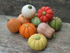 Marzipan Pumpkins 9 marzipan vegetables by AlexandrasCandyLab Baby Cake Pops, Marzipan Fruit, Garden Cakes, Fondant Cupcake Toppers, Fall Cakes, Fondant Tutorial, Fondant Figures, Holiday Cakes, Fruit And Veg