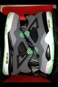 Air Jordan Retro 4 IV Green Glow Size 10 dfe6b296f