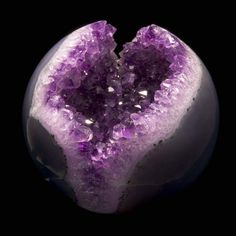 Amethyst Geode--My Birthstone! Minerals And Gemstones, Rocks And Minerals, Amethyst Geode, Beautiful Rocks, All Things Purple, Mineral Stone, Rocks And Gems, Purple Rain, Stones And Crystals