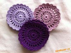 Vymyslela jsem si nové prostírky - podšálky.<br> Na fotech jsou v různých barvách - tyto jsou pro sy... Crochet Tablecloth, Crochet Earrings, Blanket, Crafts, Crocheting, Tejidos, Weaving, Crochet, Manualidades