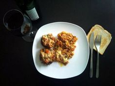 Ciupercuţe la cuptor Chicken, Meat, Food, Essen, Yemek, Buffalo Chicken, Cubs, Meals, Rooster