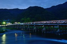 Evening scene of Togetsu-kyo Bridge in Arashiyama / 渡月橋の夕景(嵐山)