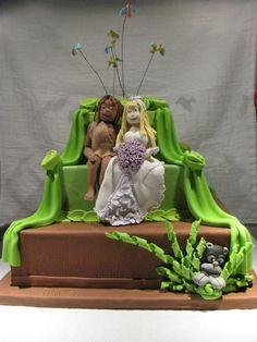 Tarzan and Jane wedding cake