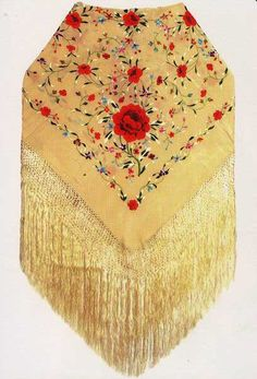 Handmade silk embroidered flamenco shawl. ref. 1010216