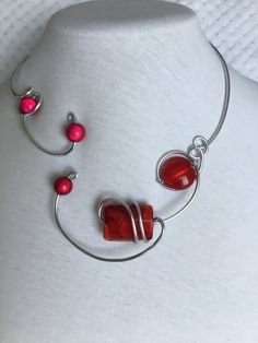 Your place to buy and sell all things handmade Pretty Necklaces, Metal Necklaces, Handmade Necklaces, Wire Bracelets, Diy Jewelry Necklace, Red Necklace, Collar Necklace, Jewellery, Bridesmaid Jewelry
