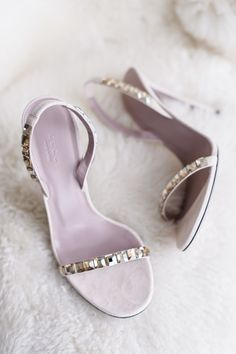 Gorgeous jeweled Gucci wedding shoes: http://www.stylemepretty.com/2016/01/29/elegant-urban-wedding-in-chicago-at-prairie-productions/ | Photography: averyhouse - http://galleries.averyhouse.net/