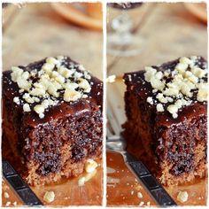 Το εύγευστο, πλούσιο κέικ με την διαφορετική παρασκευή, η κατσαρόλα και το γλάσο κάνει την διαφορά! Αν σας αρέσουν λοιπόν τα σοκολατένια