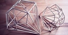 Rotkehlchen: DIY: ferm living inspired diamond tutorial - instructions in German but pictures are pretty self explanatory Diy Lampe, Home And Deco, Diy Projects To Try, Diy Room Decor, Diy Tutorial, Diy And Crafts, Decoration, Diamond, Handmade