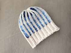 Ravelry: Bicolor Brioche Stitch Hat pattern by Tuteate