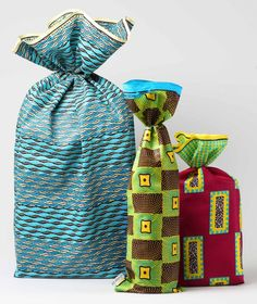 Wedding Favors Kate Aspen whenever Wedding Crashers Opening Song Candy Wedding Favors, Wedding Favors For Guests, Wedding Bubbles, African Theme, Wedding Crashers, Bridal Shower Party, Wedding Photography Poses, African Fabric, Traditional Wedding