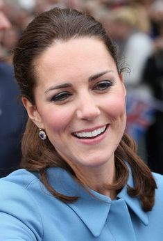 Catherine, Duchess of Cambridge smiles as she meets the gathered crowds in Seymour Square during Day 4 of a Royal Tour to New Zealand on Apr...