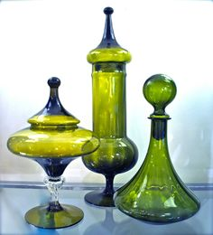 Three from Empoli, Italy, circa Antique Bottles, Vintage Bottles, Antique Glass, Vintage Glassware, Art Of Glass, My Glass, Glass Bottles, Glass Vase, Vases