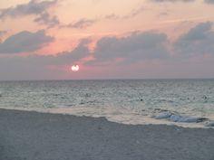 Holguin, Cuba Holguin, Life Is Short, Travel Pictures, Cuba, Celestial, Sunset, Country, World, Places