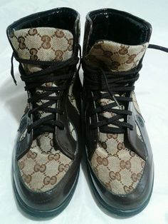 Distressed Gucci Sneakers High Top  Signature Web Stripe GG Canvas Size 9 Medium #Gucci #FashionSneakers