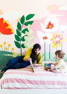 Making a hand drawn wall mural interveiw with Audrey Smit of This Little House