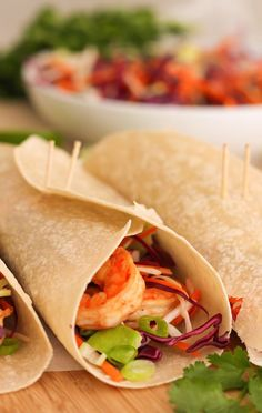A few simple yet zesty seasonings turn basic shrimp into a spicy Mexican dinner that's ready in... #burritos #healthy #recipe http://greatist.com/eat/recipes/chipotle-shrimp-burritos