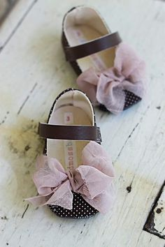 hildrens shoes, girl, Chocolate brown, bow, pink