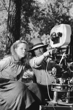a rare shot of Melissa Sue Anderson (Mary) and Michael Landon (Charles) on the set of Little House on the Prairie. Melissa Sue Anderson, Michael Landon, Ingalls Family, Westerns, Paddy Kelly, Laura Ingalls Wilder, Old Shows, Karen, Classic Tv