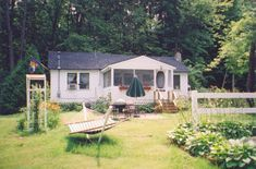 Cozy Cottages on Saratoga Lake Cottage #3, Saratoga Springs NY Cabins and Vacation Rentals | RentNewYorkCabins.com