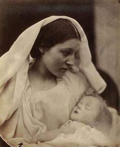 La Madonna Riposata Artist: Julia Margaret Cameron (British (born India), Calcutta Kalutara, Ceylon) Date: 1865 Medium: Albumen silver print from glass negative Julia Margaret Cameron Photography, Julia Cameron, History Of Photography, Vintage Photography, Portrait Photography, Photographie Post Mortem, Old Photos, Vintage Photos, Vintage Portrait