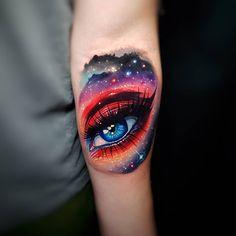 Bright cosmic tattoos by Tyler Malek Badass Tattoos, Sexy Tattoos, Life Tattoos, Tattoos For Guys, Tattoo Girls, Tatoos, Hand Tattoos, Body Art Tattoos, Sleeve Tattoos