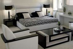 Love black and white - Versace Home – Luxury furniture collection Versace Casa, Versace Home, White Bedroom Design, Bedroom Furniture Design, Paint Furniture, Bedroom Designs, Furniture Stores, Bedroom Ideas, Bed Designs
