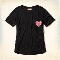 Chicas - Camiseta con bolsillo y estampa que incita a beber café | Chicas - Prendas superiores | HollisterCo.com
