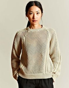 Women's Hand Knit Crew Neck Sweater 6G