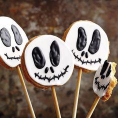 Einfach mal die Süßigkeiten für Halloween selbst backen, anstatt sie zu kaufen…