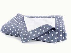 Kostenlose DIY Anleitung: Weiche Kuscheldecke nähen / free diy tutorial: how to sew a cozy blanket via DaWanda.com