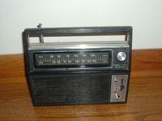 Vintage Radio Shack Realistic 12-667 AM FM Transistor  Radio     eBay