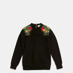Coach 1941 Western Surf Sweatshirt (£270) ❤ liked on Polyvore featuring tops, hoodies, sweatshirts, oversized tops, american sweatshirt, zip sweatshirt, floral print top and flower print top