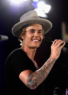 Quais Cantores Tem as Melhores Vozes? http://wnli.st/1liyMUi #JustinBieber