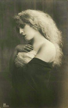 Vintage Beauty - Vintage Photography