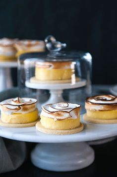 Lemon Meringue Tart | Hungry Rabbit