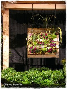 12 Ideas for Turning a Pallet in a Flower Garden