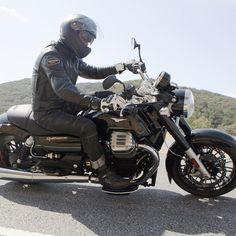 2014 Moto Guzzi California 1400 Custom in action.