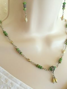 Shell Bead with Copper threads Necklace and Earring set