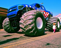 Captain USA Monster Truck