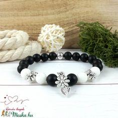 Fekete fehér virágok jade ónix ásvány karkötő (Arindaekszerek) - Meska.hu Bracelets, Jewelry, Bangles, Jewlery, Jewels, Bracelet, Jewerly, Jewelery, Accessories