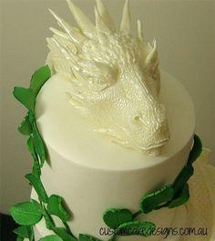 Dragon Wedding Cake, Bow Wedding Cakes, Themed Wedding Cakes, Wedding Cakes With Flowers, Dragon Birthday Cakes, Dragon Cakes, Hobbit Cake, Harry Potter Wedding Cakes, Confirmation Cakes