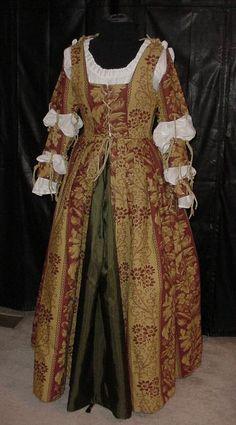 Elizabeth the Beloved - Jennifer R. White's 1998 Renaissance costume
